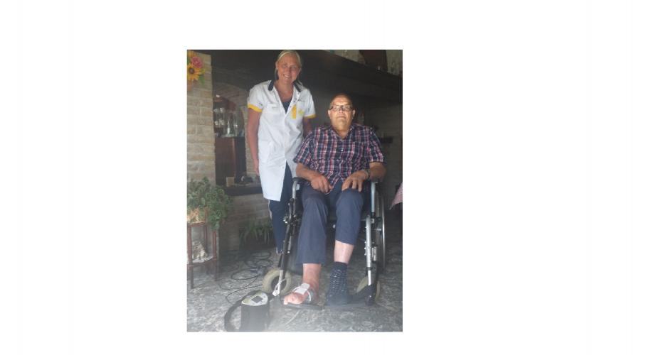 verpleegkundige Charlotte Lucidarme en patiënt Godfried Coene